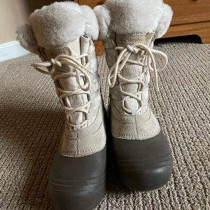Columbia Winter Boots Size 7.5